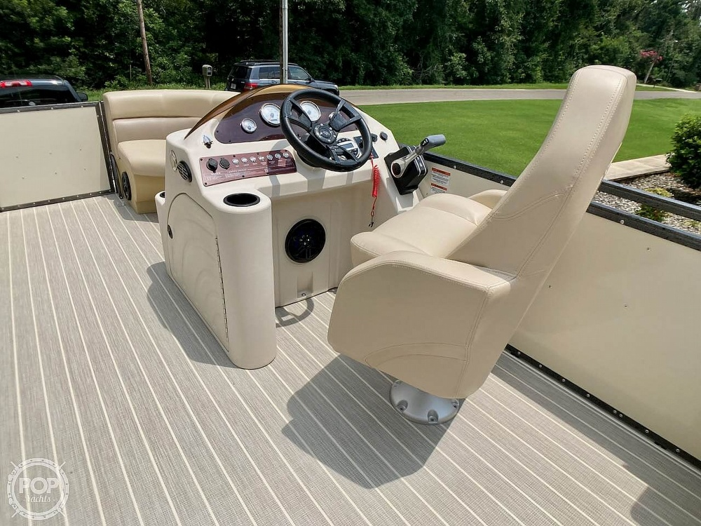2021 Lexington boat for sale, model of the boat is 321 & Image # 8 of 40