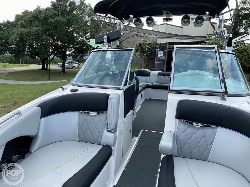 2013 Mastercraft boat for sale, model of the boat is X55 & Image # 9 of 40