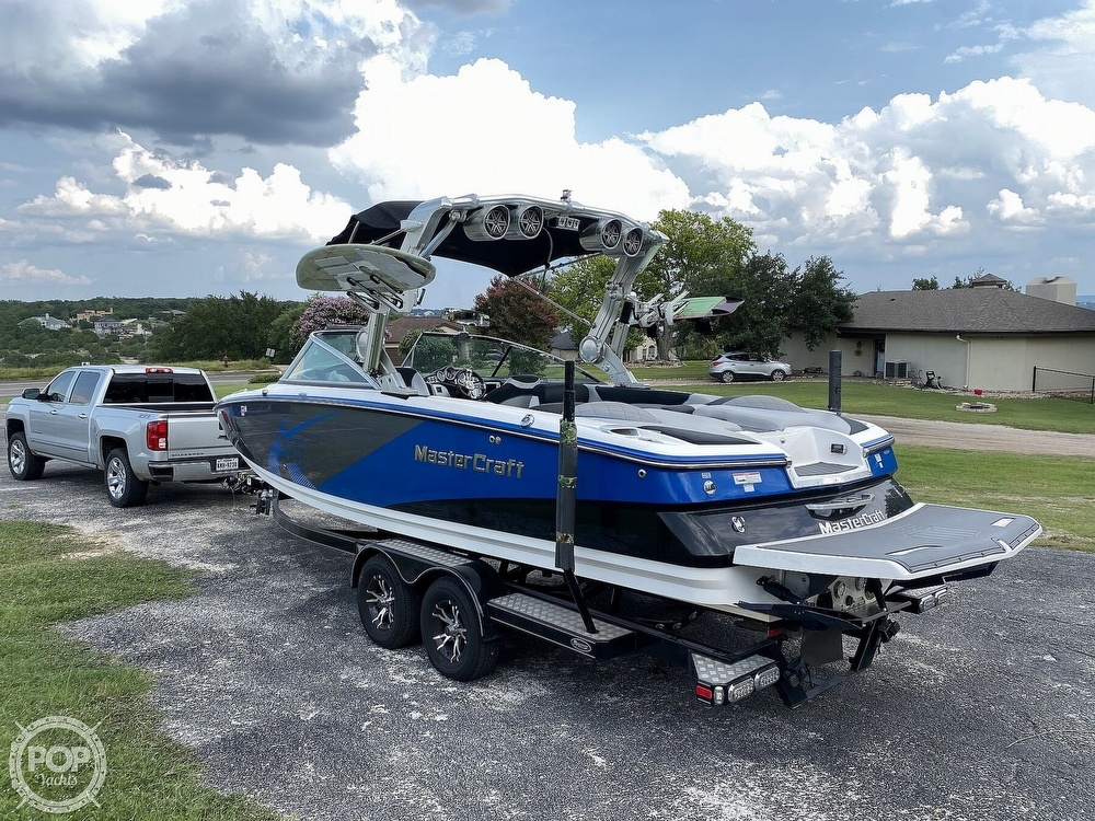 2013 Mastercraft boat for sale, model of the boat is X55 & Image # 5 of 40