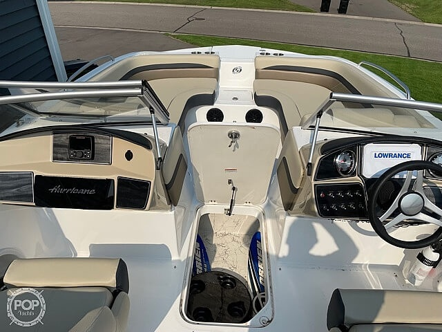2020 Hurricane boat for sale, model of the boat is sd217 & Image # 3 of 14