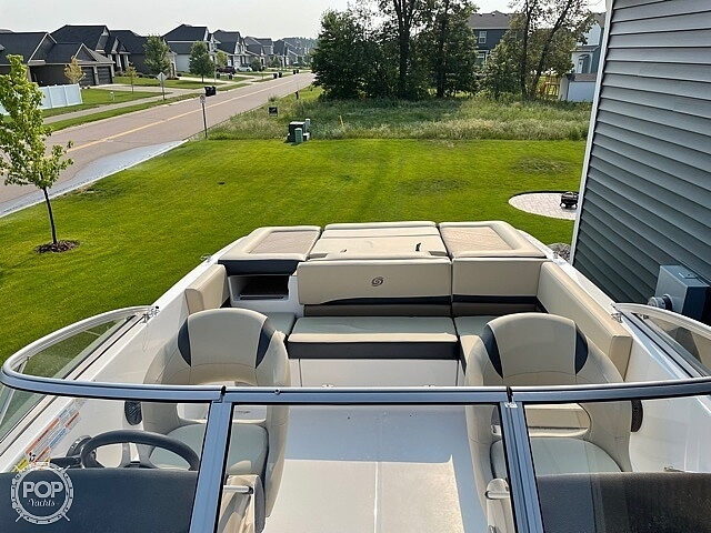 2020 Hurricane boat for sale, model of the boat is sd217 & Image # 4 of 14
