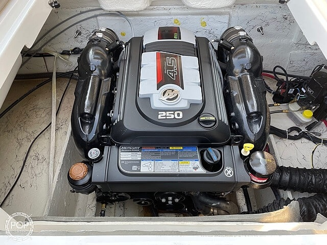 2020 Hurricane boat for sale, model of the boat is sd217 & Image # 6 of 14