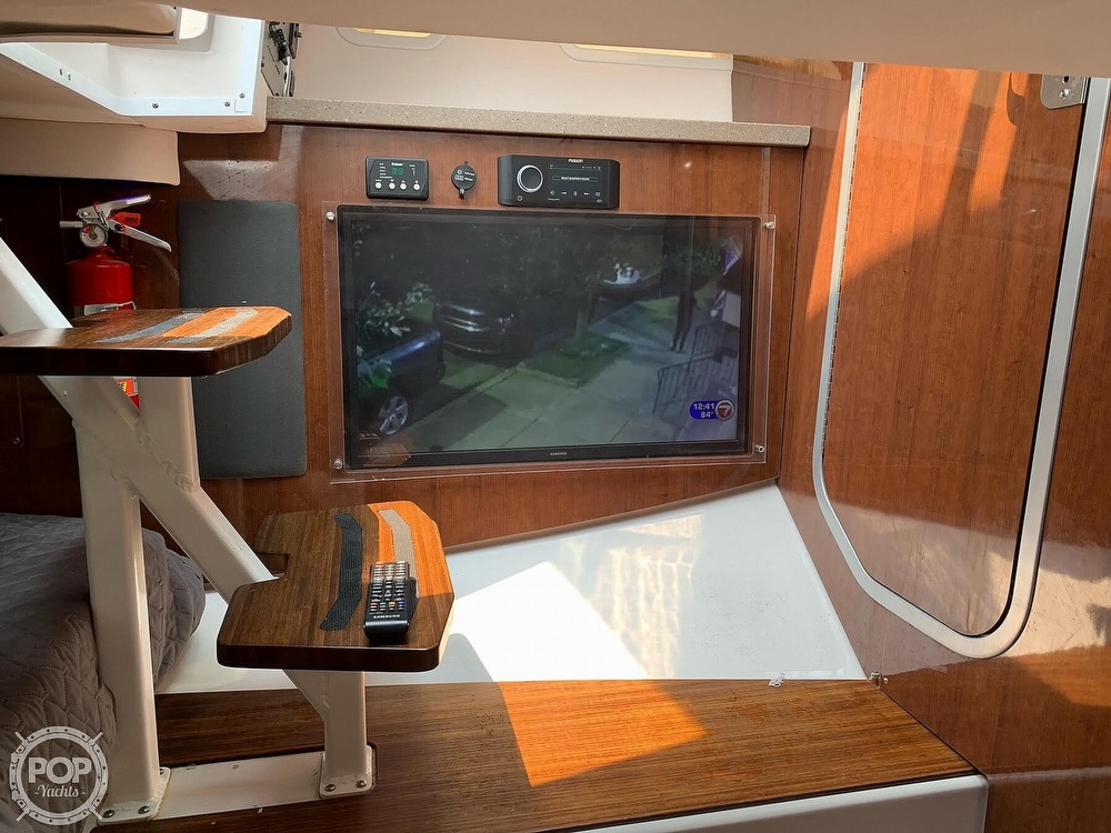 2018 Four Winns boat for sale, model of the boat is H350 Outboard & Image # 14 of 40