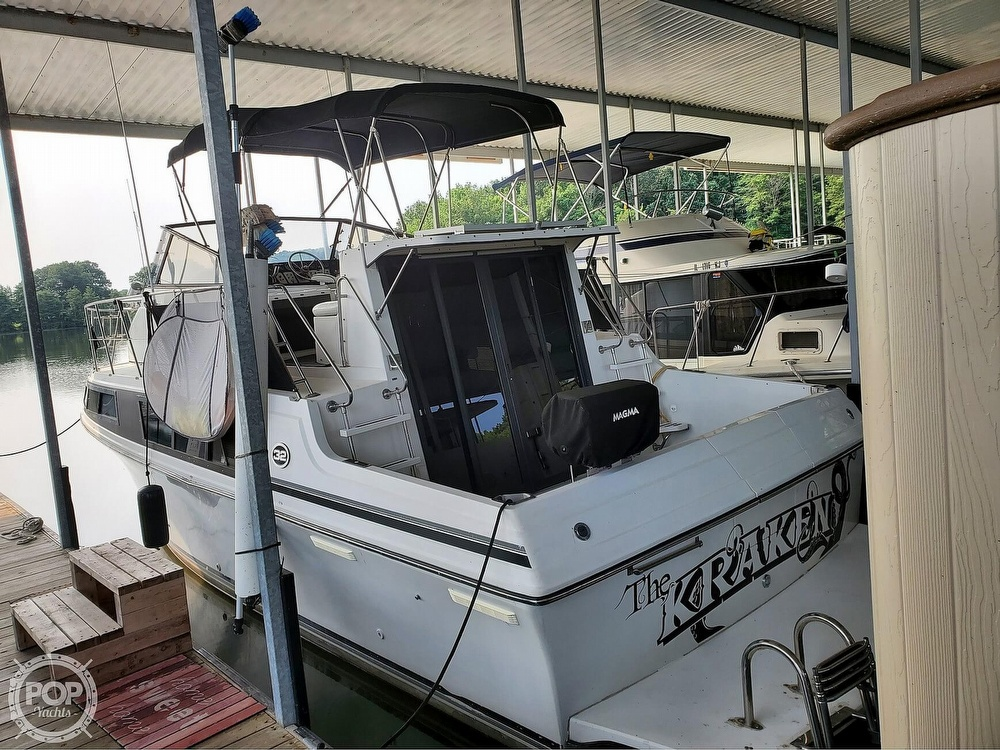 1989 Carver boat for sale, model of the boat is Mariner 3297 & Image # 4 of 40