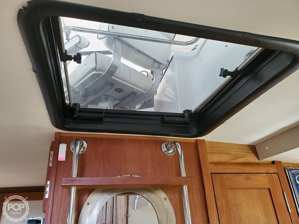 1989 Carver boat for sale, model of the boat is Mariner 3297 & Image # 35 of 40