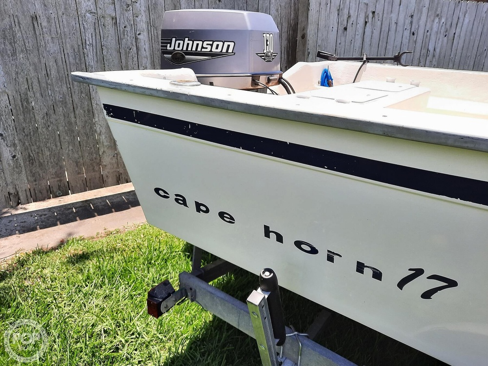 2000 Cape Horn boat for sale, model of the boat is 17cc & Image # 18 of 40