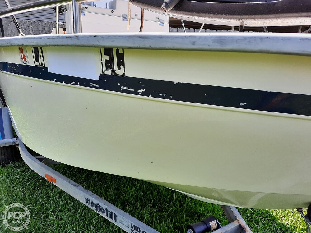 2000 Cape Horn boat for sale, model of the boat is 17cc & Image # 11 of 40