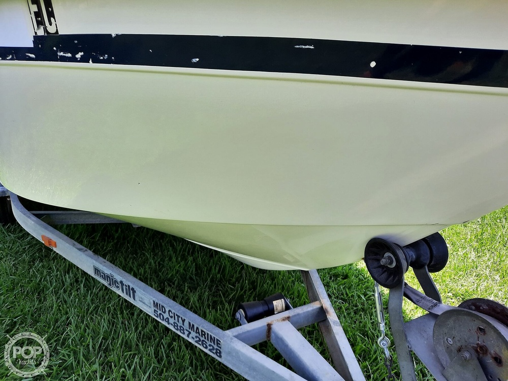 2000 Cape Horn boat for sale, model of the boat is 17cc & Image # 10 of 40