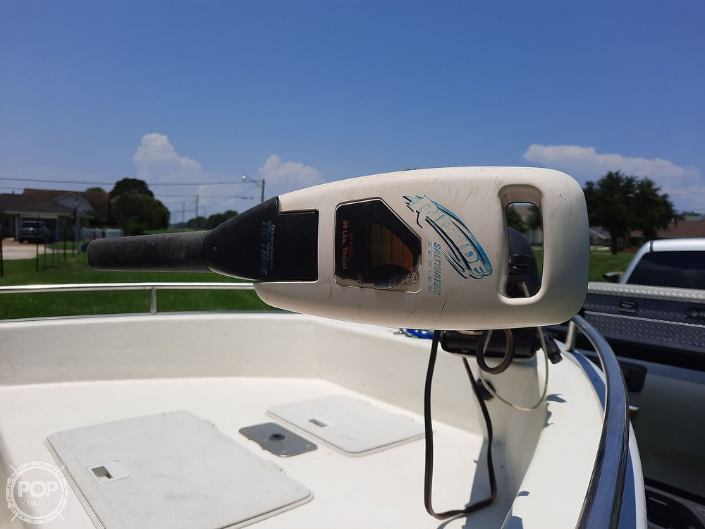 2000 Cape Horn boat for sale, model of the boat is 17cc & Image # 6 of 40