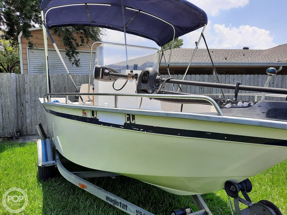 2000 Cape Horn boat for sale, model of the boat is 17cc & Image # 4 of 40
