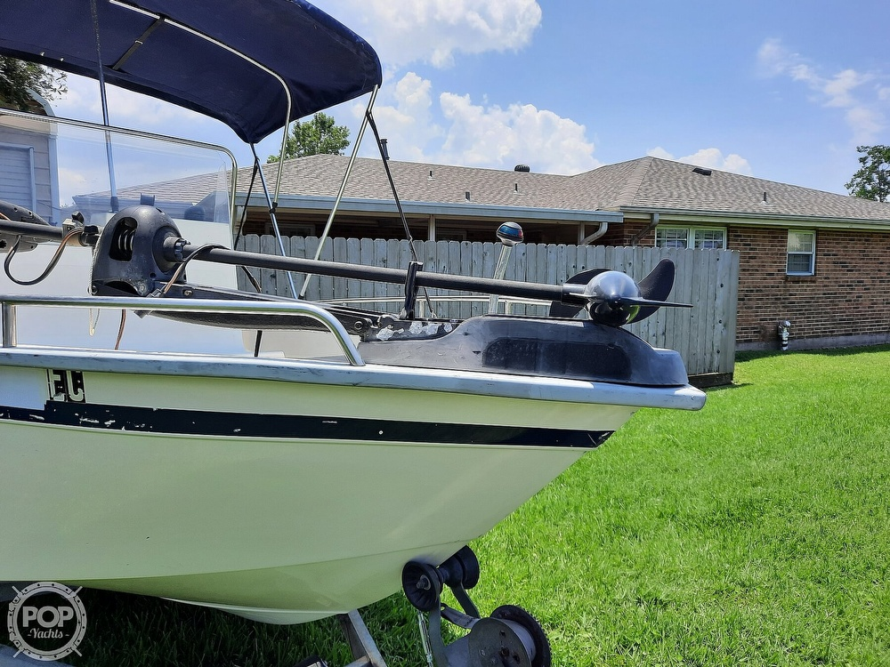 2000 Cape Horn boat for sale, model of the boat is 17cc & Image # 3 of 40