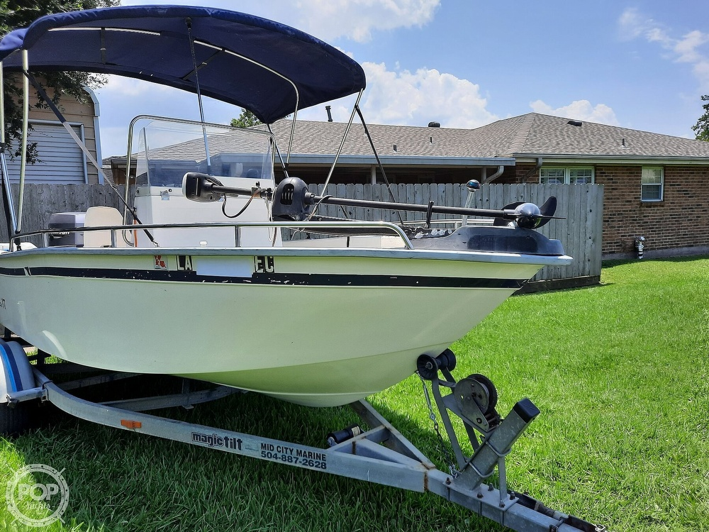 2000 Cape Horn boat for sale, model of the boat is 17cc & Image # 2 of 40