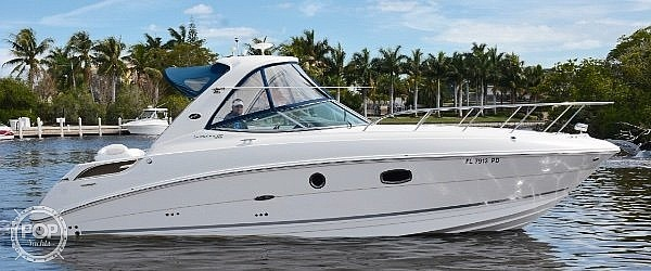 2010 Sea Ray boat for sale, model of the boat is 310 Sundancer & Image # 7 of 21