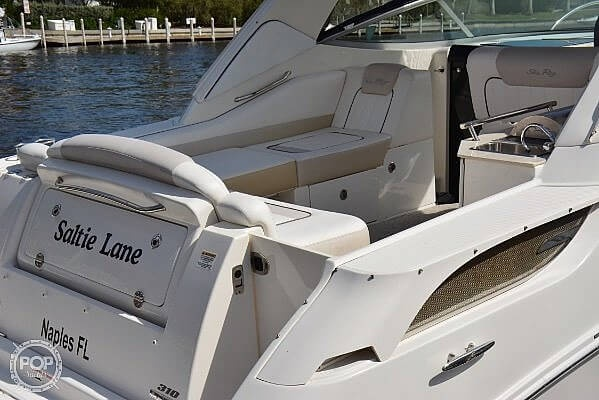 2010 Sea Ray boat for sale, model of the boat is 310 Sundancer & Image # 8 of 21
