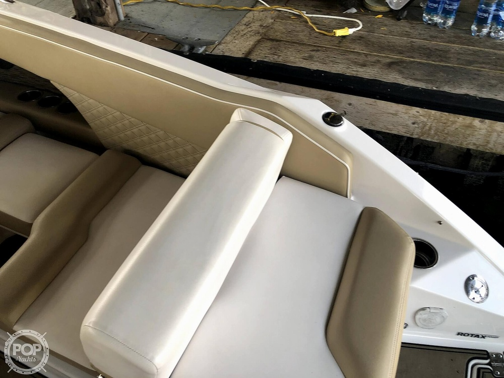 2017 Scarab boat for sale, model of the boat is 255 & Image # 13 of 40