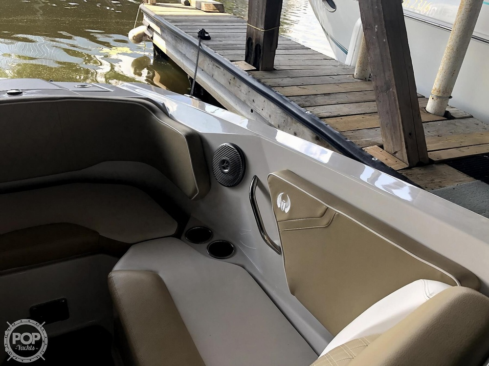 2017 Scarab boat for sale, model of the boat is 255 & Image # 34 of 40