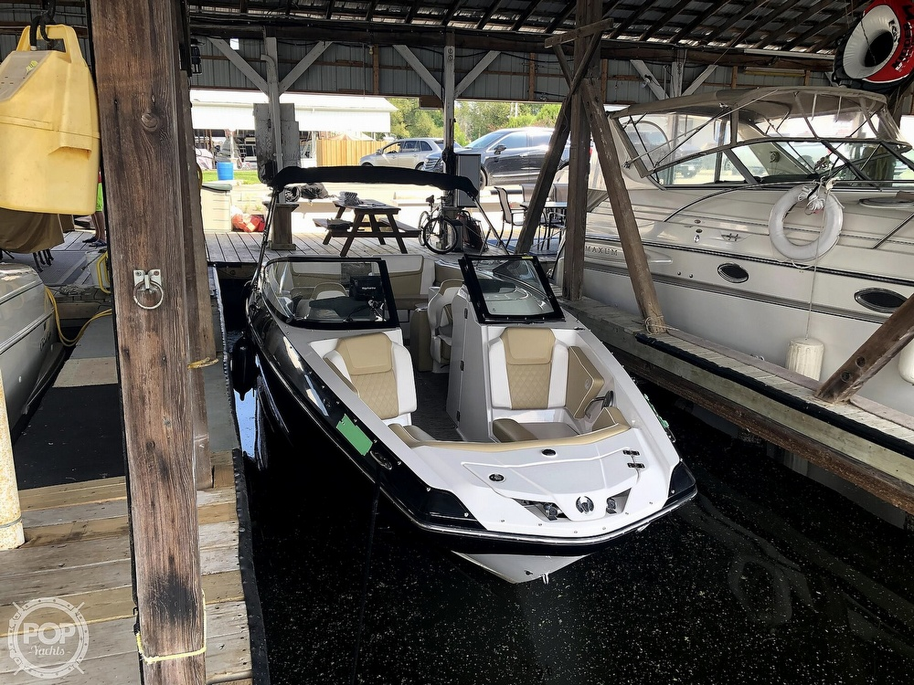 2017 Scarab boat for sale, model of the boat is 255 & Image # 3 of 40