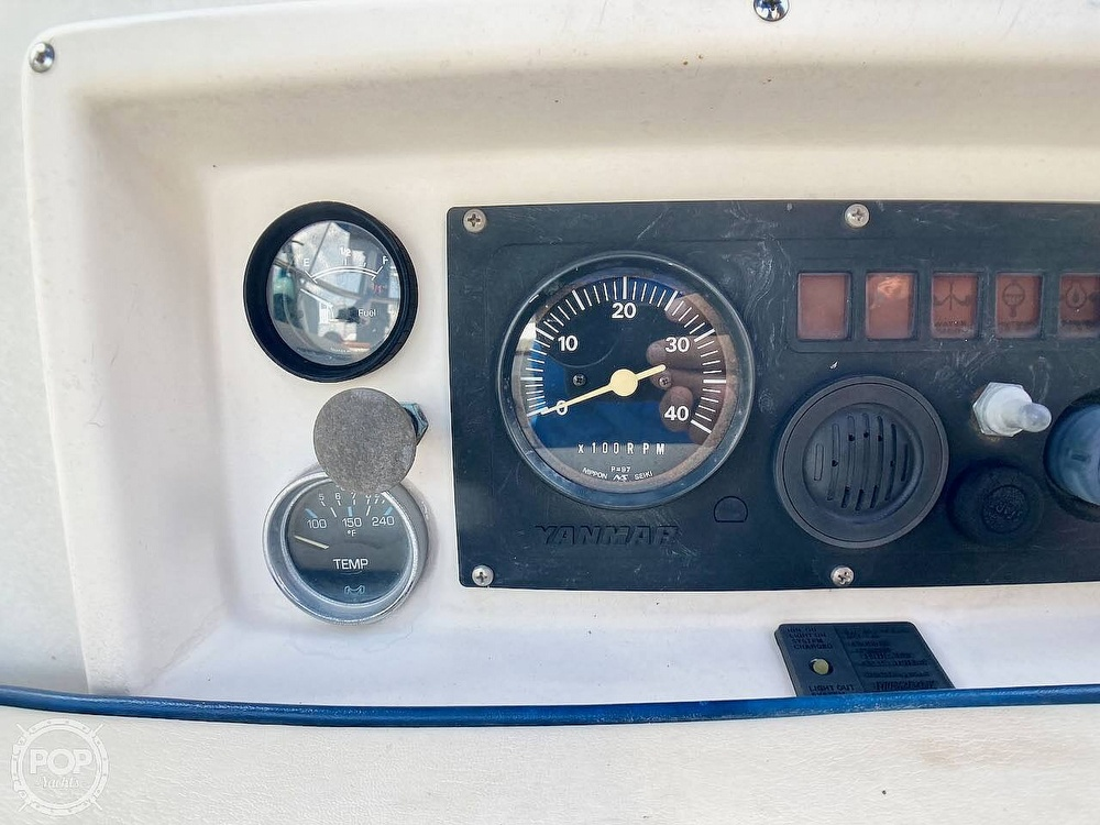 1986 Island Packet boat for sale, model of the boat is IP31 & Image # 27 of 40