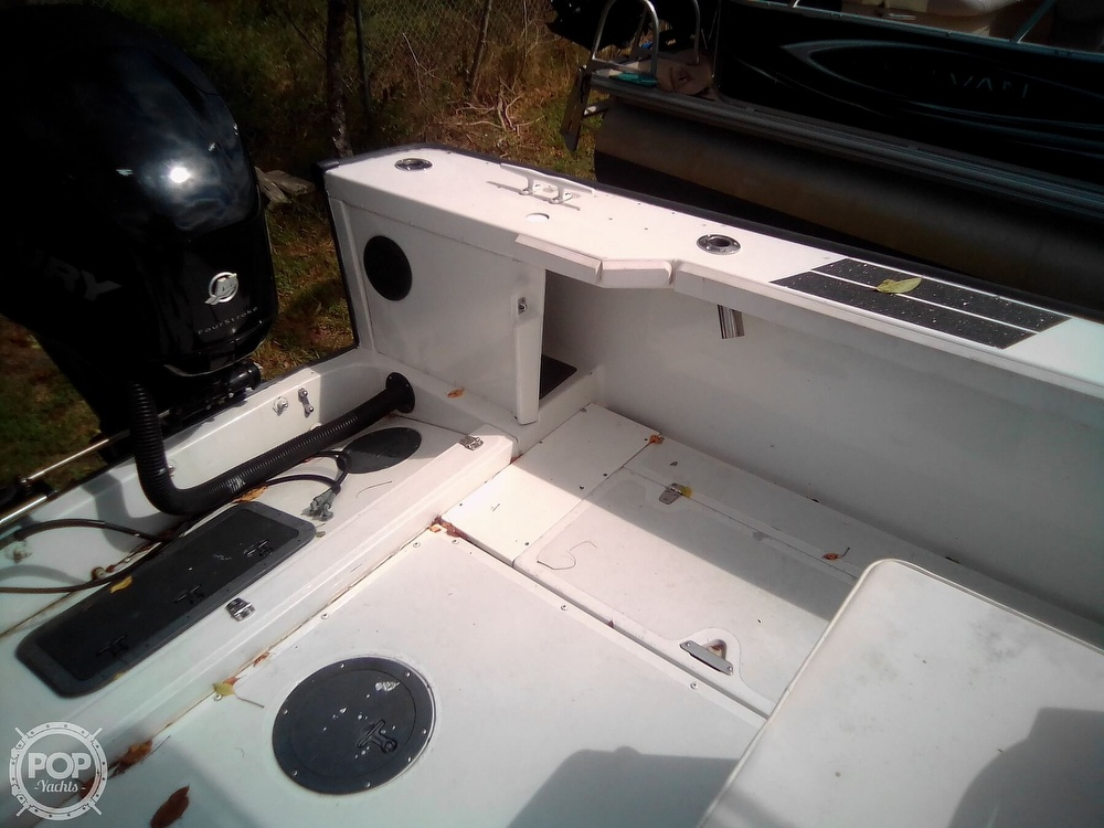 2000 Boston Whaler boat for sale, model of the boat is Justice & Image # 28 of 40