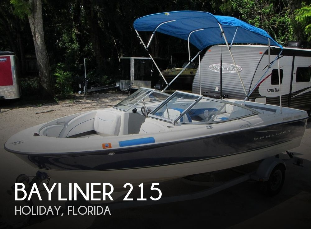 2007 Bayliner boat for sale, model of the boat is Discovery 215 & Image # 1 of 40