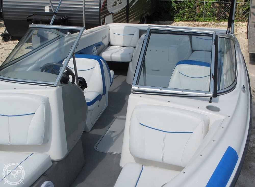 2007 Bayliner boat for sale, model of the boat is Discovery 215 & Image # 21 of 40
