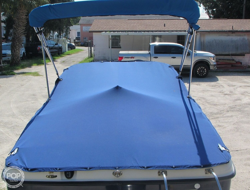 2007 Bayliner boat for sale, model of the boat is Discovery 215 & Image # 10 of 40