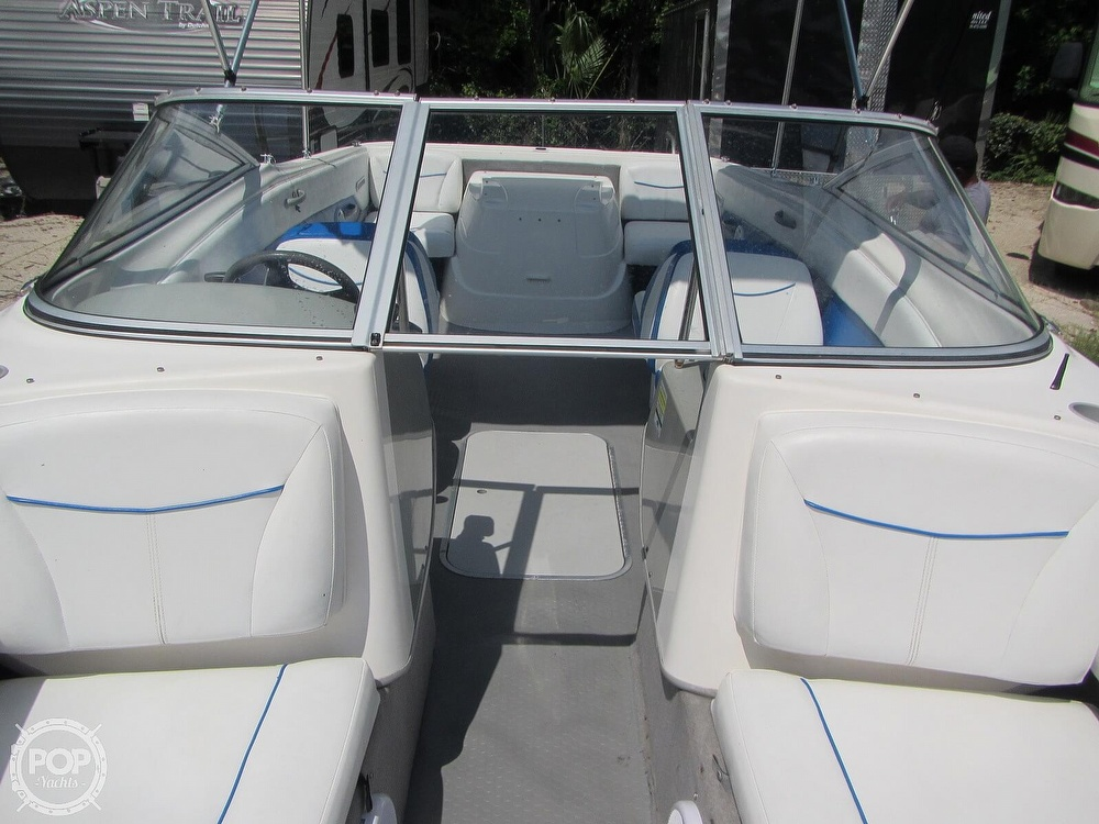 2007 Bayliner boat for sale, model of the boat is Discovery 215 & Image # 7 of 40