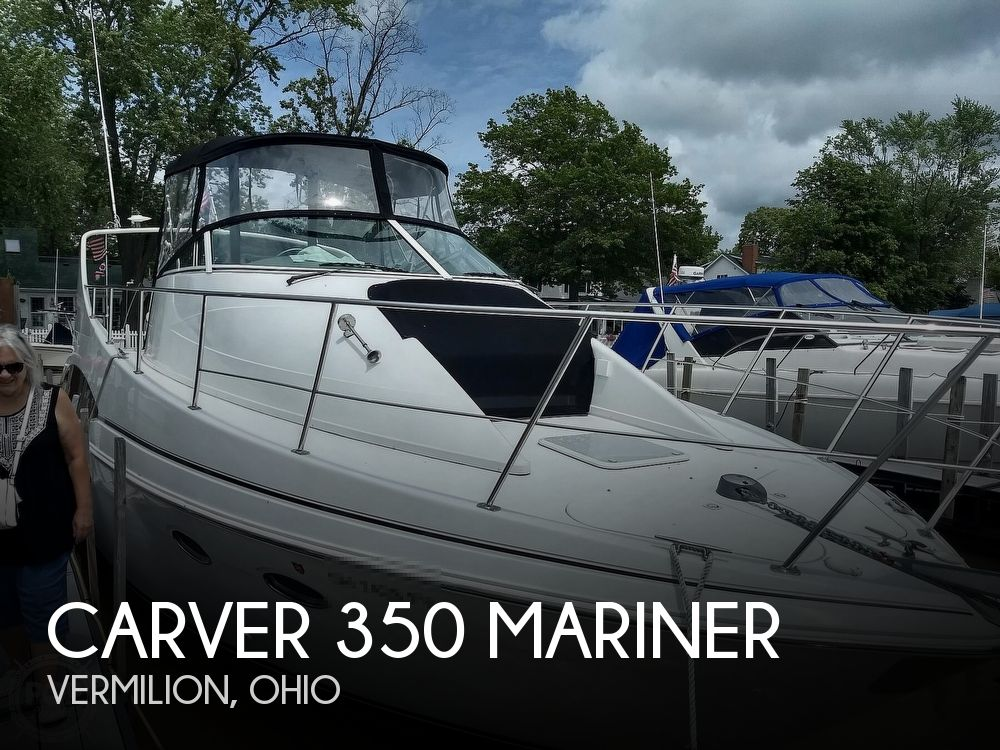 2000 Carver boat for sale, model of the boat is 350 Mariner & Image # 1 of 40