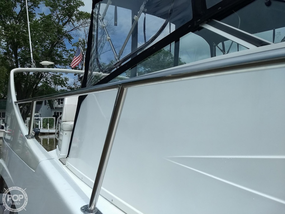 2000 Carver boat for sale, model of the boat is 350 Mariner & Image # 22 of 40
