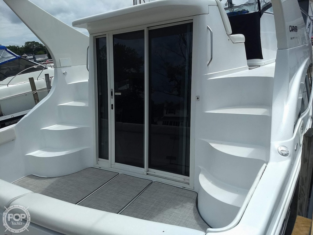 2000 Carver boat for sale, model of the boat is 350 Mariner & Image # 30 of 40