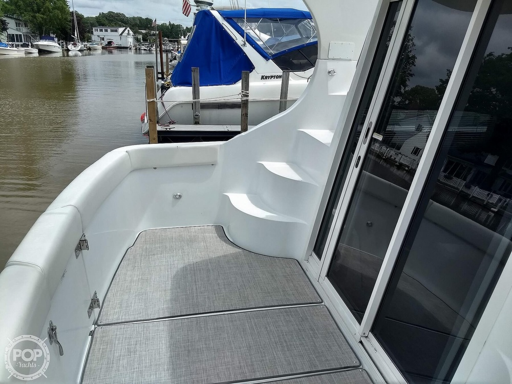 2000 Carver boat for sale, model of the boat is 350 Mariner & Image # 33 of 40