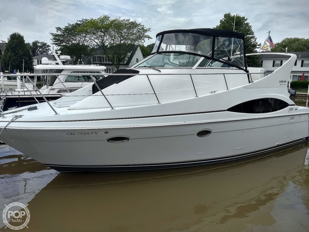 2000 Carver boat for sale, model of the boat is 350 Mariner & Image # 2 of 40