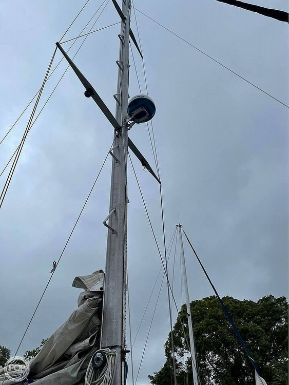 1974 Ericson Yachts boat for sale, model of the boat is 32-2 & Image # 10 of 20