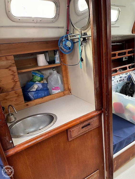 1974 Ericson Yachts boat for sale, model of the boat is 32-2 & Image # 13 of 20