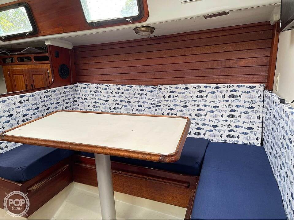 1974 Ericson Yachts boat for sale, model of the boat is 32-2 & Image # 15 of 20