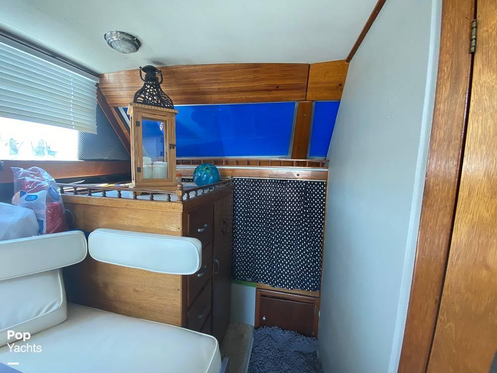 1975 Marinette boat for sale, model of the boat is 32 Sedan & Image # 24 of 40
