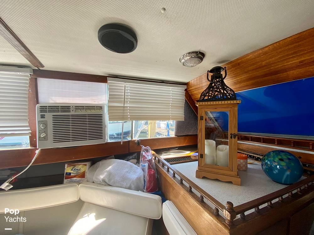 1975 Marinette boat for sale, model of the boat is 32 Sedan & Image # 32 of 40