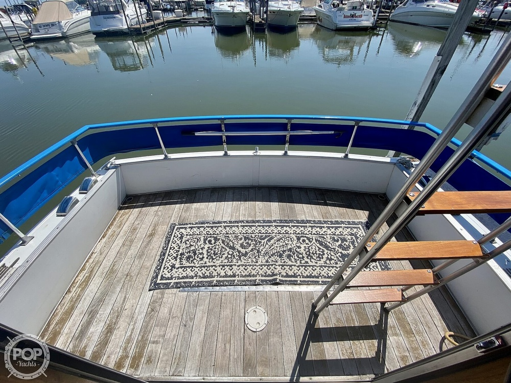 1975 Marinette boat for sale, model of the boat is 32 Sedan & Image # 14 of 40