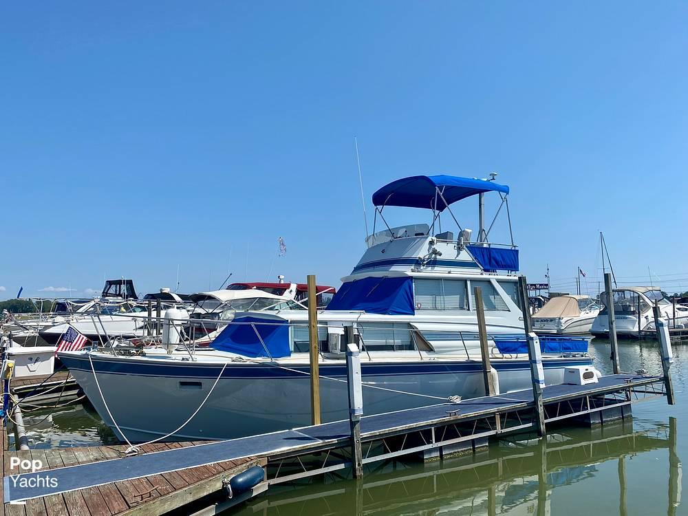 1975 Marinette boat for sale, model of the boat is 32 Sedan & Image # 2 of 40