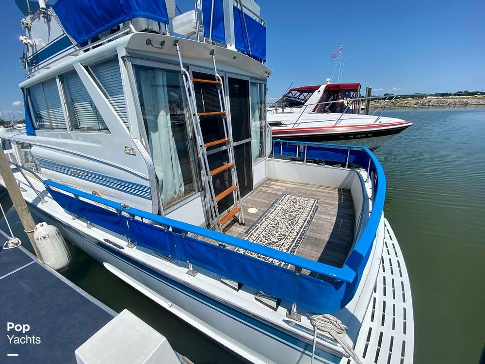 1975 Marinette boat for sale, model of the boat is 32 Sedan & Image # 4 of 40