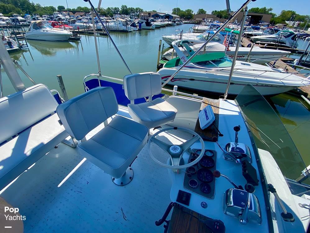 1975 Marinette boat for sale, model of the boat is 32 Sedan & Image # 16 of 40