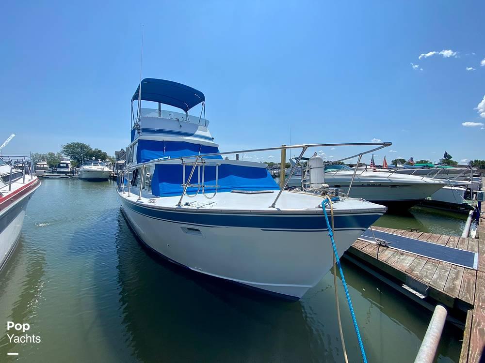 1975 Marinette boat for sale, model of the boat is 32 Sedan & Image # 19 of 40