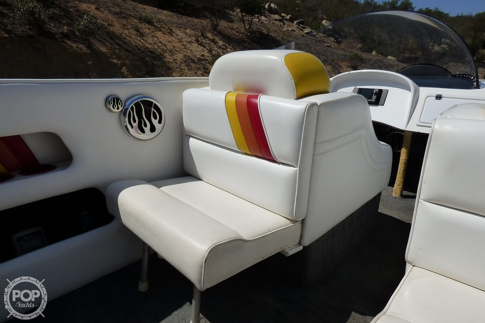 2002 Warlock boat for sale, model of the boat is 36 & Image # 18 of 40