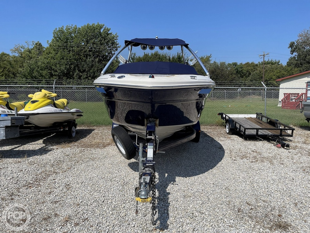 2005 Sea Ray boat for sale, model of the boat is 220 Select & Image # 11 of 40
