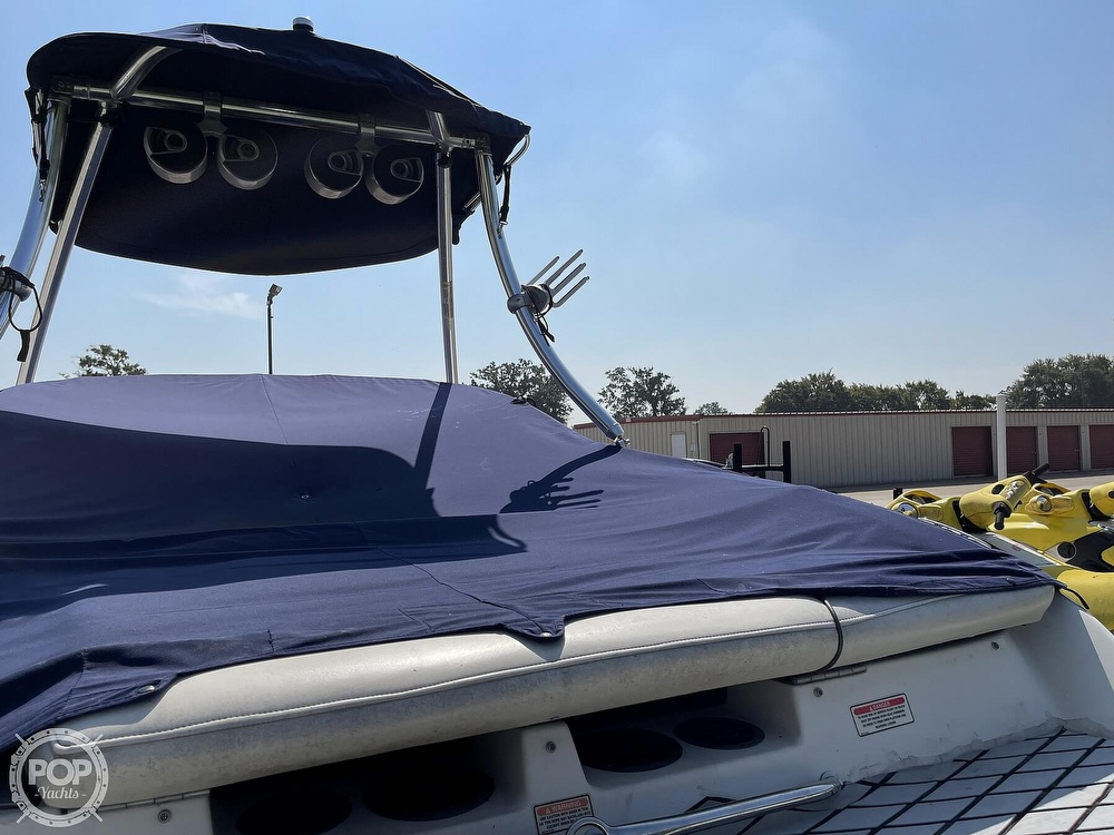 2005 Sea Ray boat for sale, model of the boat is 220 Select & Image # 20 of 40