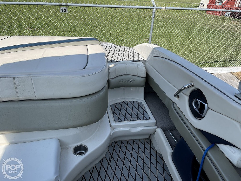 2005 Sea Ray boat for sale, model of the boat is 220 Select & Image # 36 of 40