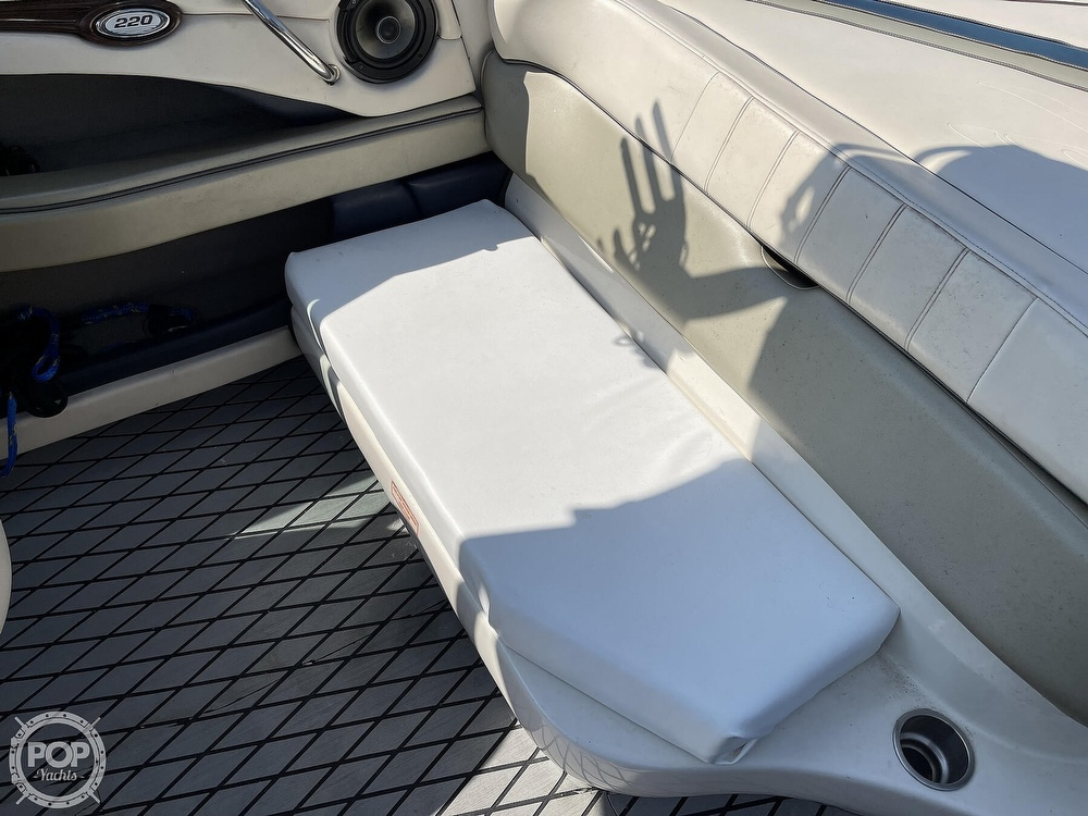 2005 Sea Ray boat for sale, model of the boat is 220 Select & Image # 39 of 40