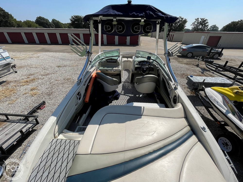 2005 Sea Ray boat for sale, model of the boat is 220 Select & Image # 9 of 40