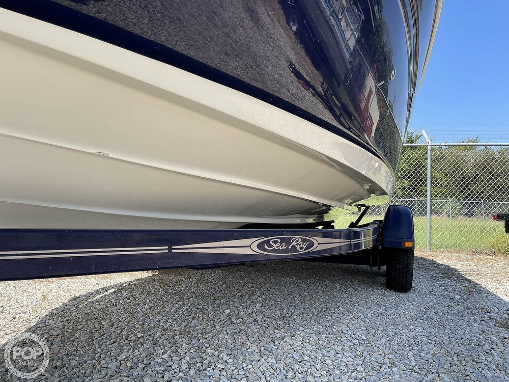 2005 Sea Ray boat for sale, model of the boat is 220 Select & Image # 6 of 40