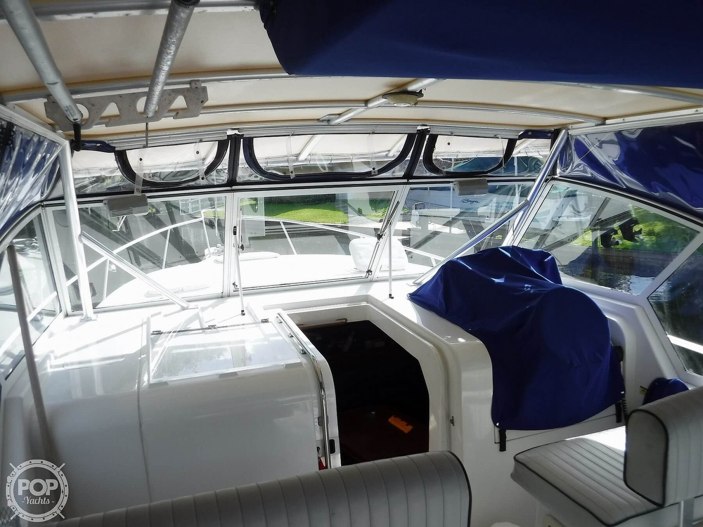 2001 Mainship boat for sale, model of the boat is 34 Pilot & Image # 20 of 40